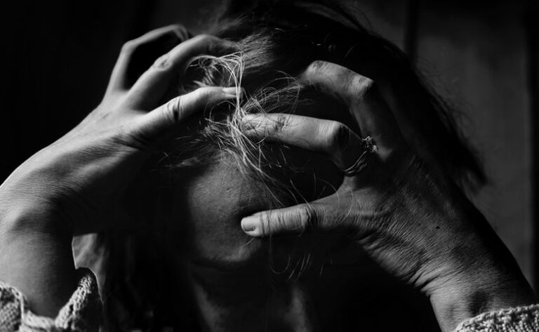 How to Manage Stress During a Difficult Diagnosis